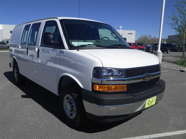 QUIGLEY 4X4 CONVERSION Van New 2017 Chevrolet Express 3500 Work