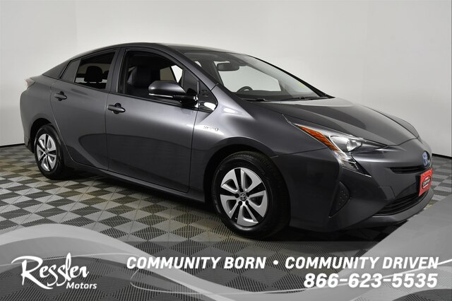Certified Pre-Owned 2016 Toyota Prius
